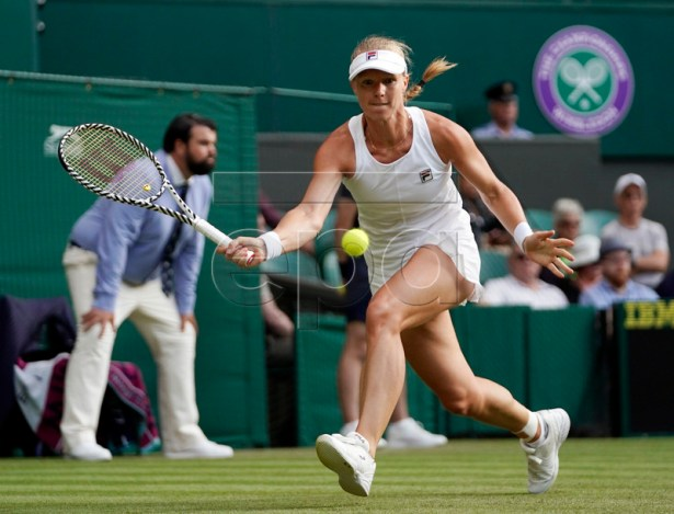Kiki Bertens of the Netherlands plays Mandy Minella of Luxembourg in their first round match during the Wimbledon Championships at the All England Lawn Tennis Club, in London, Britain, 02 July 2019. EPA-EFE/WILL OLIVER EDITORIAL USE ONLY/NO COMMERCIAL SALES