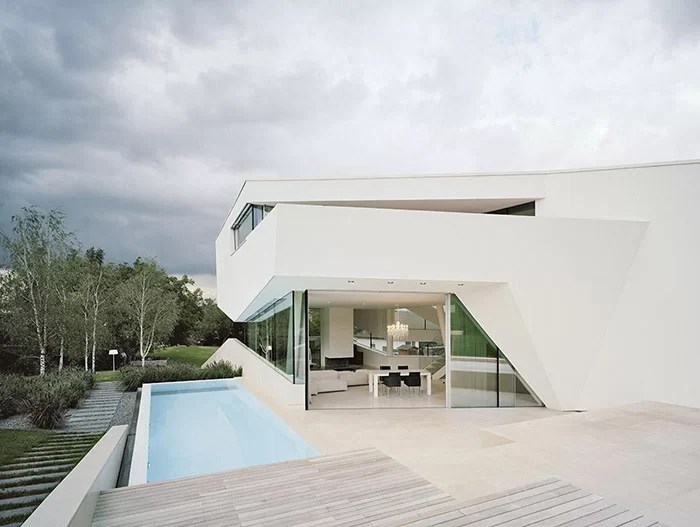 Split Level House Front Porch