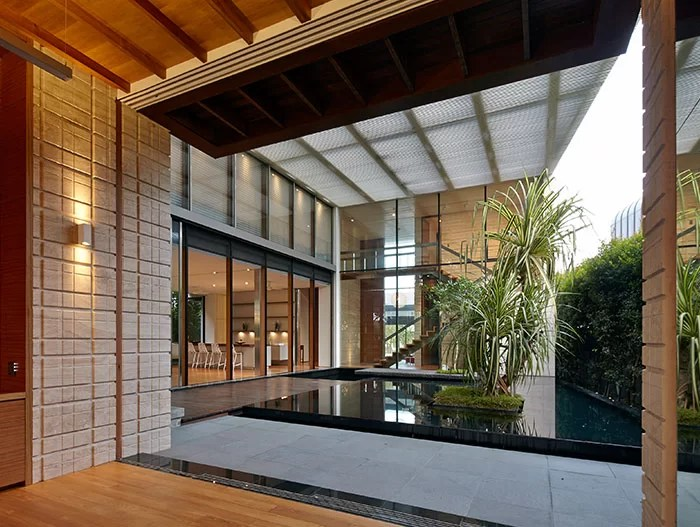Zen Courtyard Contemporary Home In Singapore Inspired By