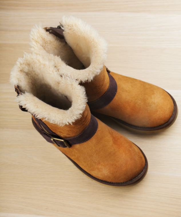 Which uggs have removable insoles