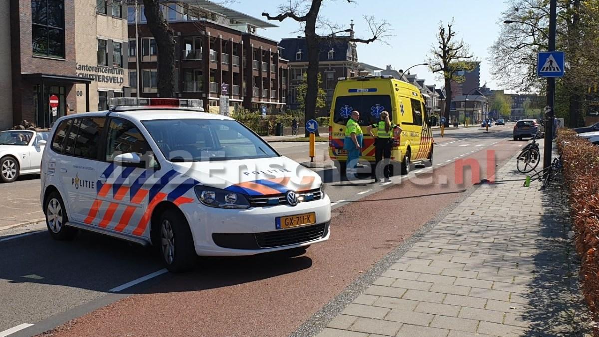 Fietser botst achterop scootmobiel in Enschede