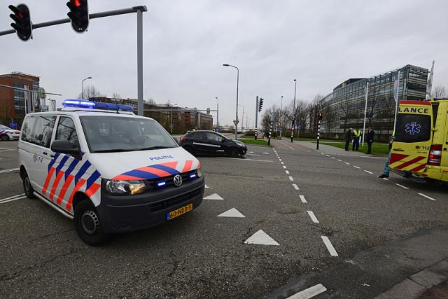 Schiphol-Rijk: Flinke blikschade na aanrijding