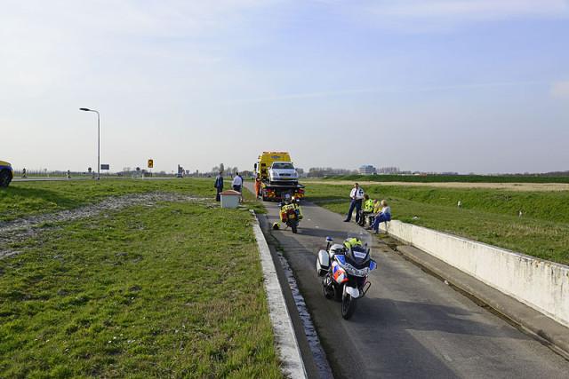 Badhoevedorp: Flinke schade bij aanrijding op de Schipholweg