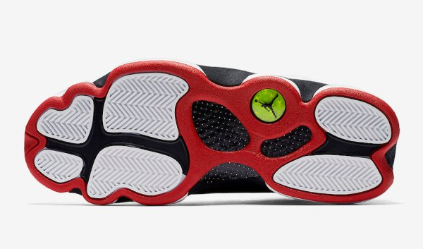 Air Jordan 13 bottom view