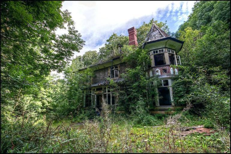 abandonedhouse