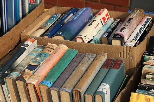 dinero fácil vender libros