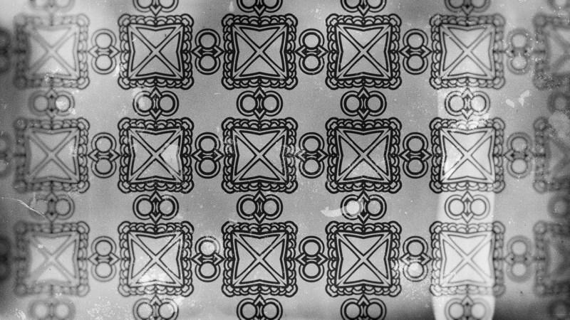 Dark Gray Vintage Ornamental Pattern Wallpaper