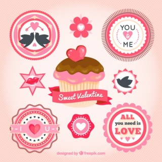 Valentines Cupcake and Labels Free Vector