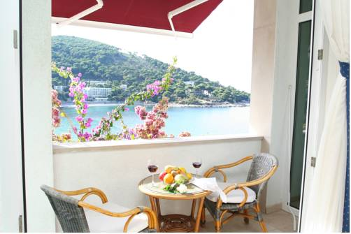 Boutique & Beach Hotel Villa Wolff Deals