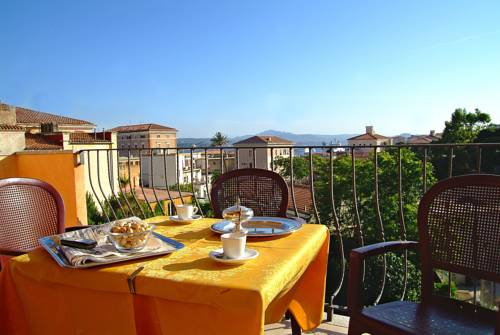 Hotel Delle Isole Deals