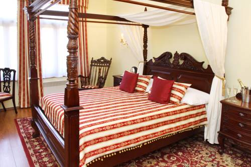 King Charles Boutique Residence Deals