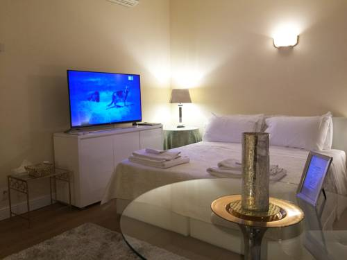 The Place - Downtown Milan Deals