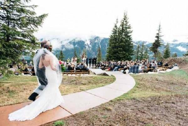 the-little-nell-Wedding-Venue-123WeddingCards
