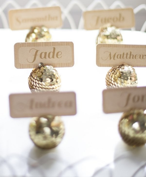 sequined golden name holders