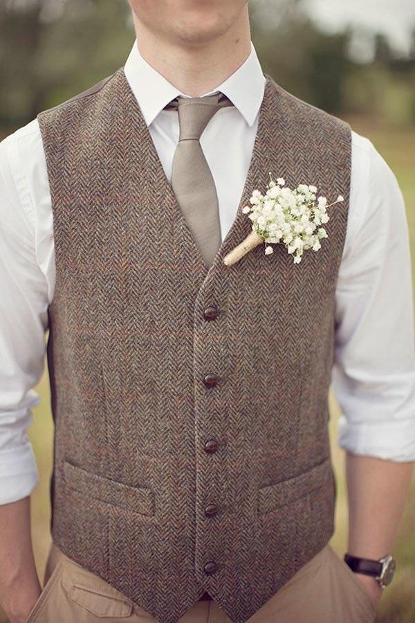 An outrageous jacket idea for grooms - 123WeddingCards