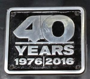 hst40-plaque-black