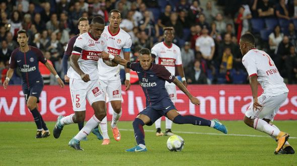 Neymar-Paris-Saint-Germain-dominated-Toulouse-FC-to-6-2