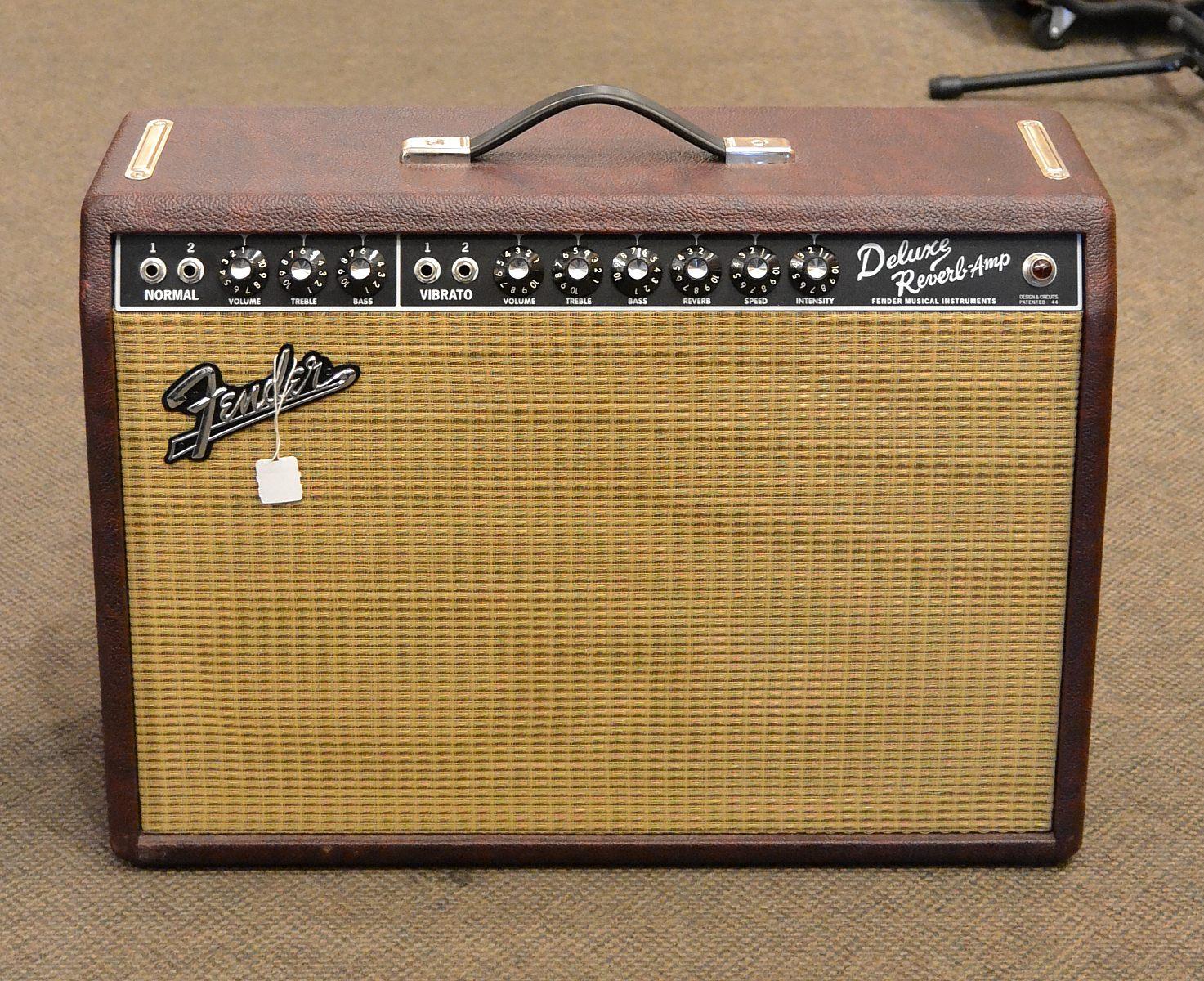Fender Deluxe Reverb Red