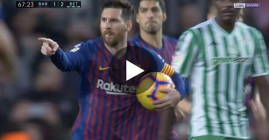 Lionel Messi : encerclé par 4 adversaires, sa série de dribbles pour se débarrasser d'eux !
