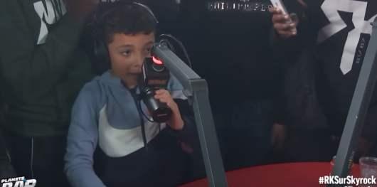 RK : son petit frère lâche un incroyable freestyle devant Sofiane en direct dans Planète Rap