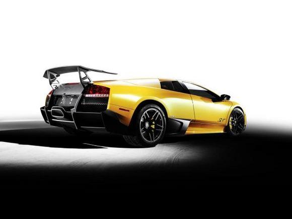 "Gamintojo nuotr./""Lamborghini Murcielago LP670-4 SuperVeloce"""