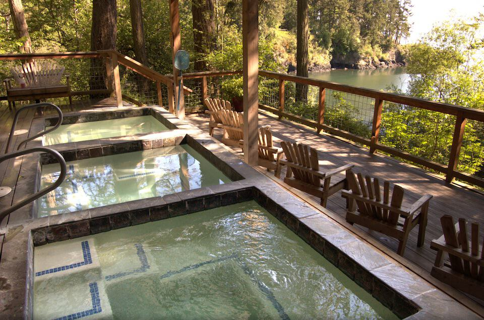 doe bay hot springs