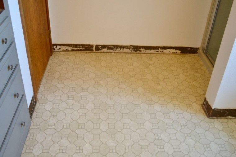 1980s laminate tile before the update