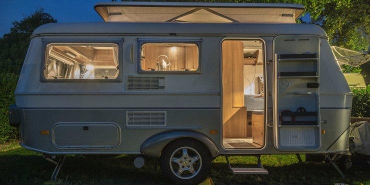 Wohnmobil Mit Pkw Garage