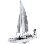 Zu Weihnachten: Schiffsmodell Katamaran mit Segler ein prima Geschenk