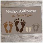 Zu Weihnachten: Fußmatte Füße mit individuellem Wunschtext – in braun ein prima Geschenk
