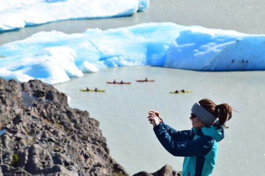 Kayak aux bords du Grey glacier