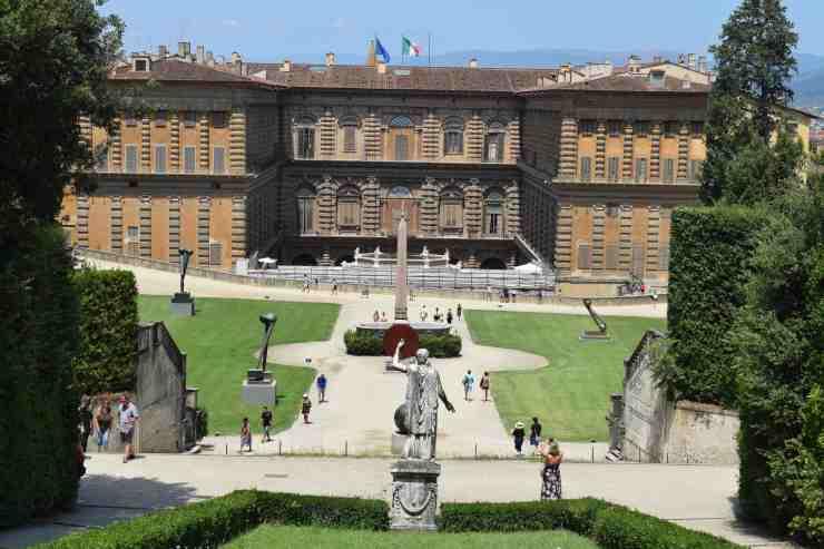 Le palazzo Piti