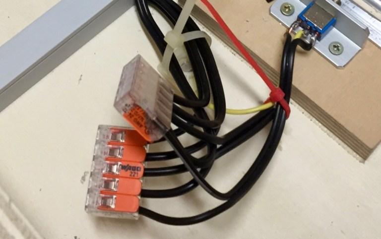 Verbinder für Modulelektrik