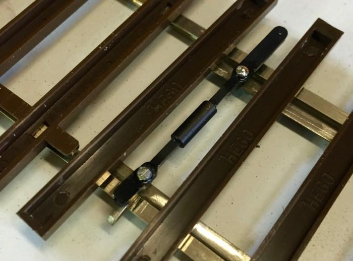 Fertig montierte Stellstange der Hegob-Weiche