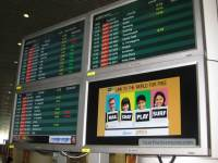 Internet access at KLIA - proclaimed in full colour on the arrival's board for one