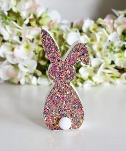 Svietiaci zajac- dekorácia