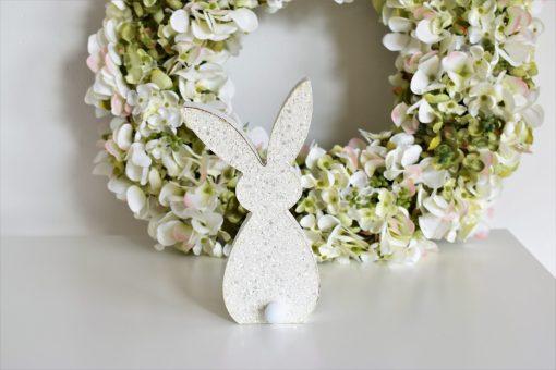 Zajac biely