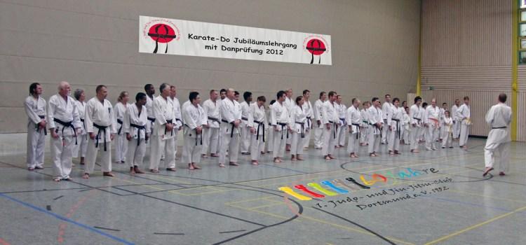 Karate-Do Jubiläumslehrgang mit Danprüfung beim 1. JJJC Dortmund e. V. 1952
