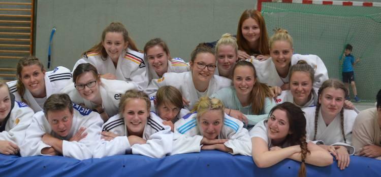 Damenteam verpasst den Sprung unter die ersten 3 Plätze in der Oberliga, trotz Sieg in der Oberliga