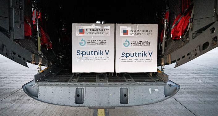 Rusya, AstraZeneca aşısıyla kombine edilecek Sputnik V'nin ikinci bileşenini hazirandan itibaren temin edecek