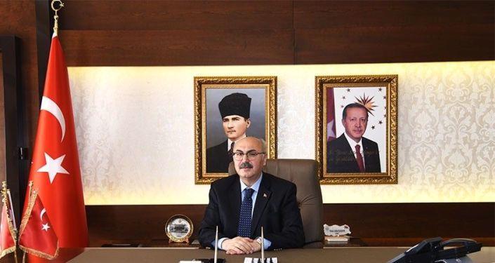 Vali Köşger'den İzmirlilere risk haritası uyarısı: Kritik eşiği aşmış bulunuyoruz, daha kötüye gitmeyelim