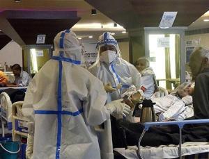 Hindistan'da Kovid-19 salgınında günlük vaka sayısı 261 bini geçti
