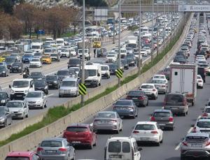 İstanbul'da kısıtlama öncesi trafik yoğunluğu!