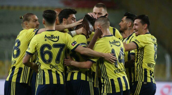 Fenerbahçe Erzurumspor'u 14 dakikada devirdi, 'yarış bitmedi' dedi: 3-1