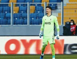 Fenerbahçe'de sezonun en istikrarlı ismi Altay Bayındır