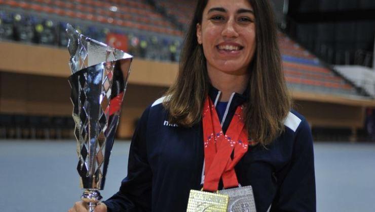 Milli karateci Meltem Hocaoğlu Akyol olimpiyat kotası aldı