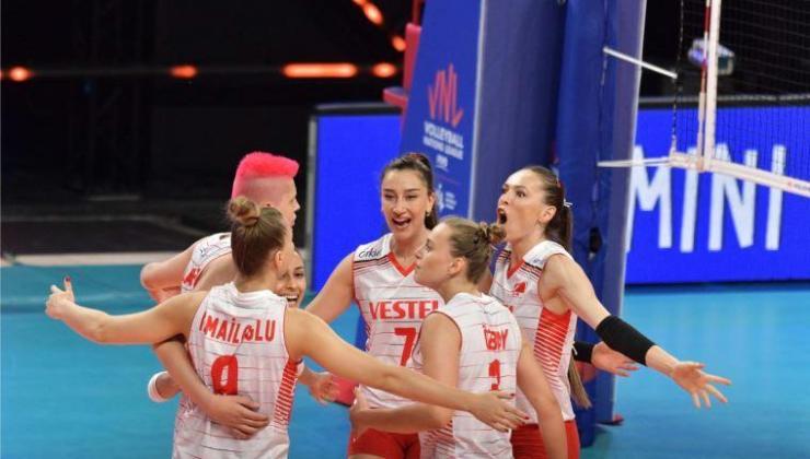 Milli voleybolcu Ebrar Karakurt, Polonya maçını değerlendirdi