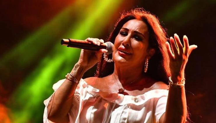 Nükhet Duru'dan Anneler Günü'nde online konser