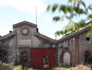 Osmanlı'nın ilk kibrit fabrikası satılıyor