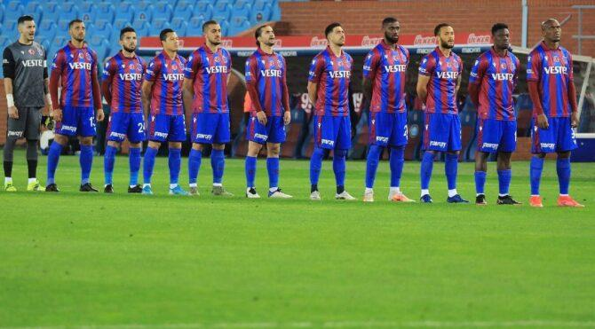 Trabzonspor'da beş futbolcu ile yollar ayrıldı